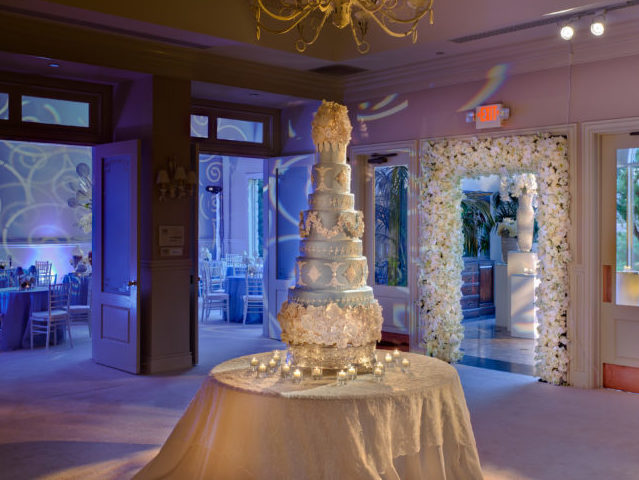 Custom Wedding Cakes Austin | The Cake Plate